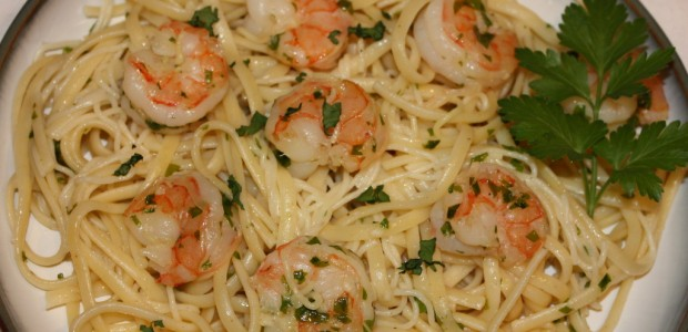 Shrimp Scampi with Linguine – Insanely Easy!